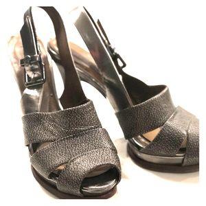 BCBGMAXARIA size 9 (Fits 8.5)Pewter Platform Heels